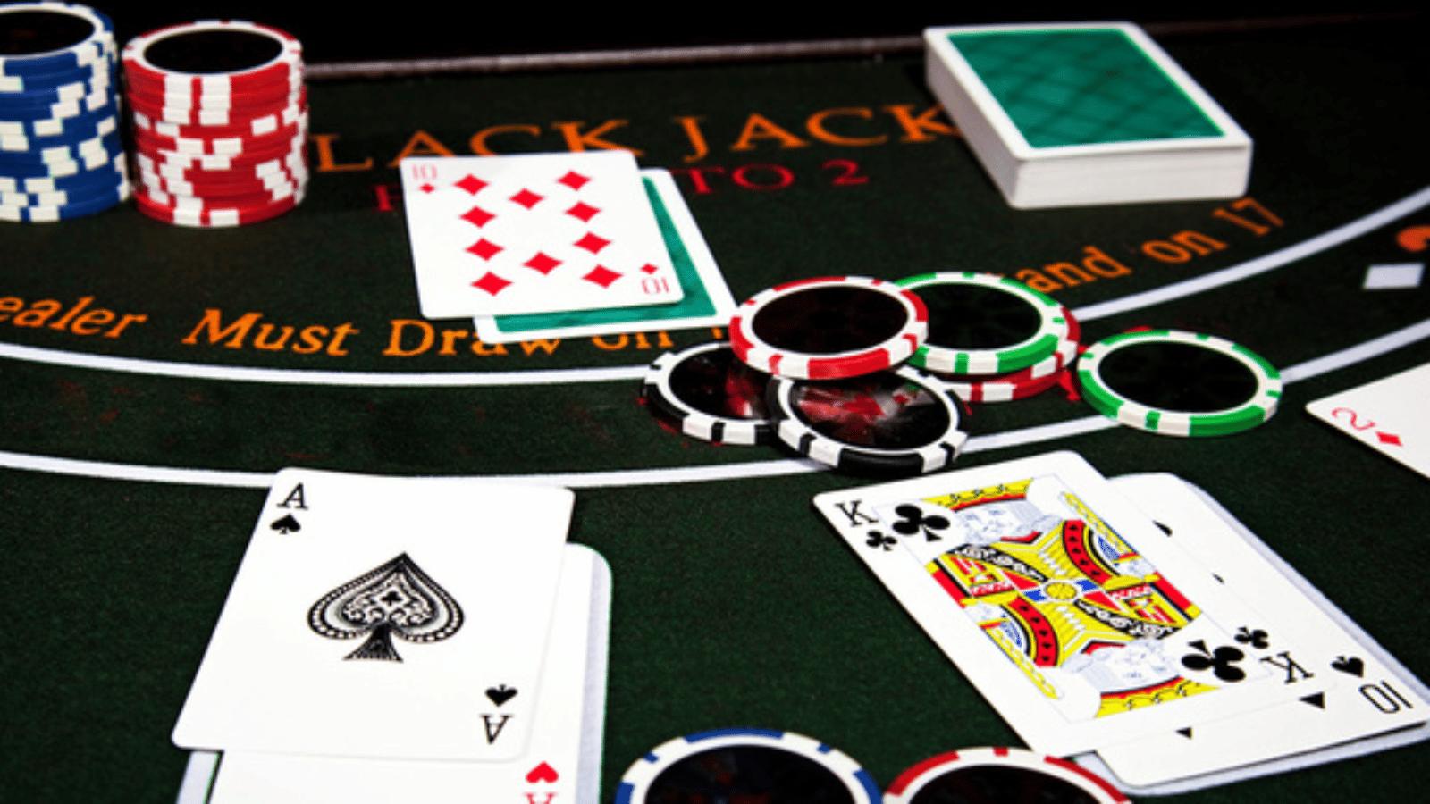 Blackjack Gratis Online e con Soldi Veri: i migliori casinò