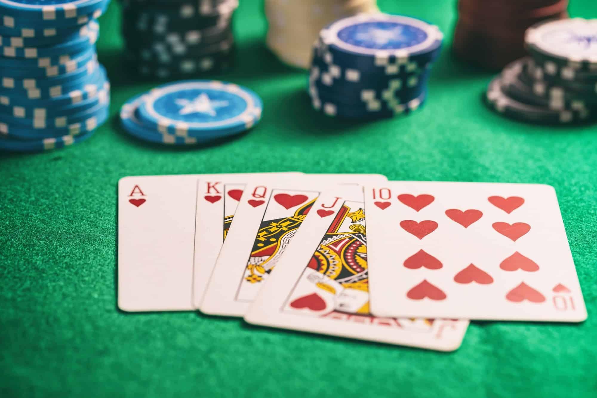 Come giocare a Poker online senza soldi
