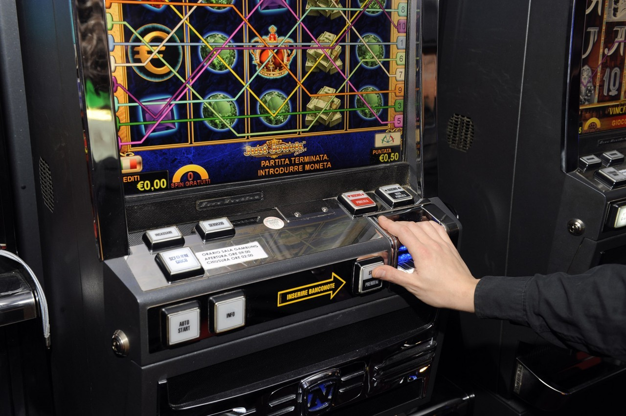 Book of Gods Slot Machine: dove giocare online, giri gratis