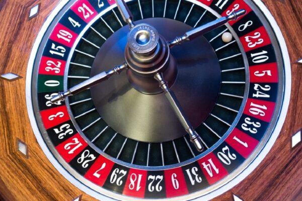 Come utilizzare il Metodo Mordi e Fuggi alla Roulette Online
