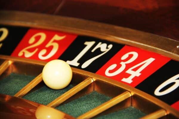 Quanto Paga il numero secco alla Roulette? Vincite e Strategie